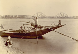 Lansdowne Bridge over the Indus at Sukhur.